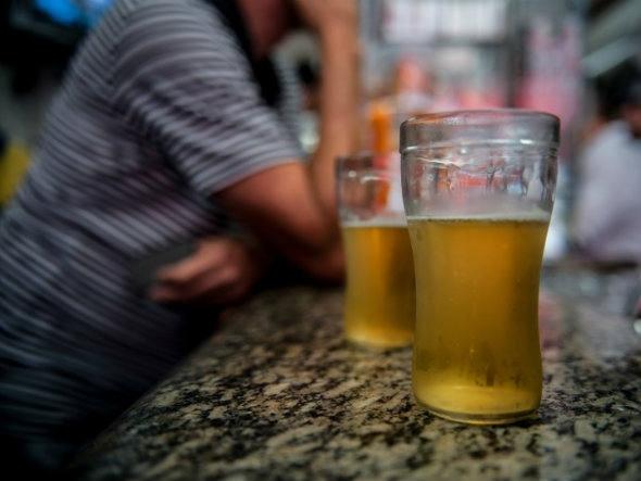 O motorista embriagado que se envolver em um acidente com morte pode ser excluído da cobertura da apólice de seguro do veículo, decide STJ - Marcelo Camargo/Arquivo/Agência Brasil