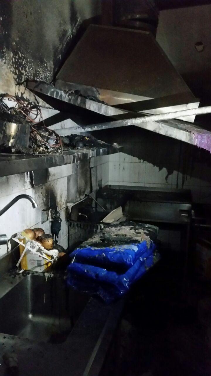 Incêndio na cozinha do Colégio Catarinense - Corpo de Bombeiros/Divulgação/ND