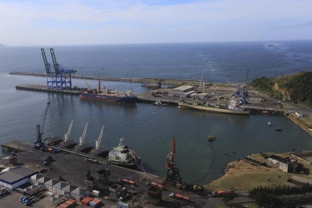 Porto de Imbituba receberá ao todo 13 embarcações gigantes nos próximos dias - Julio Cavalheiro/Arquivo Secom