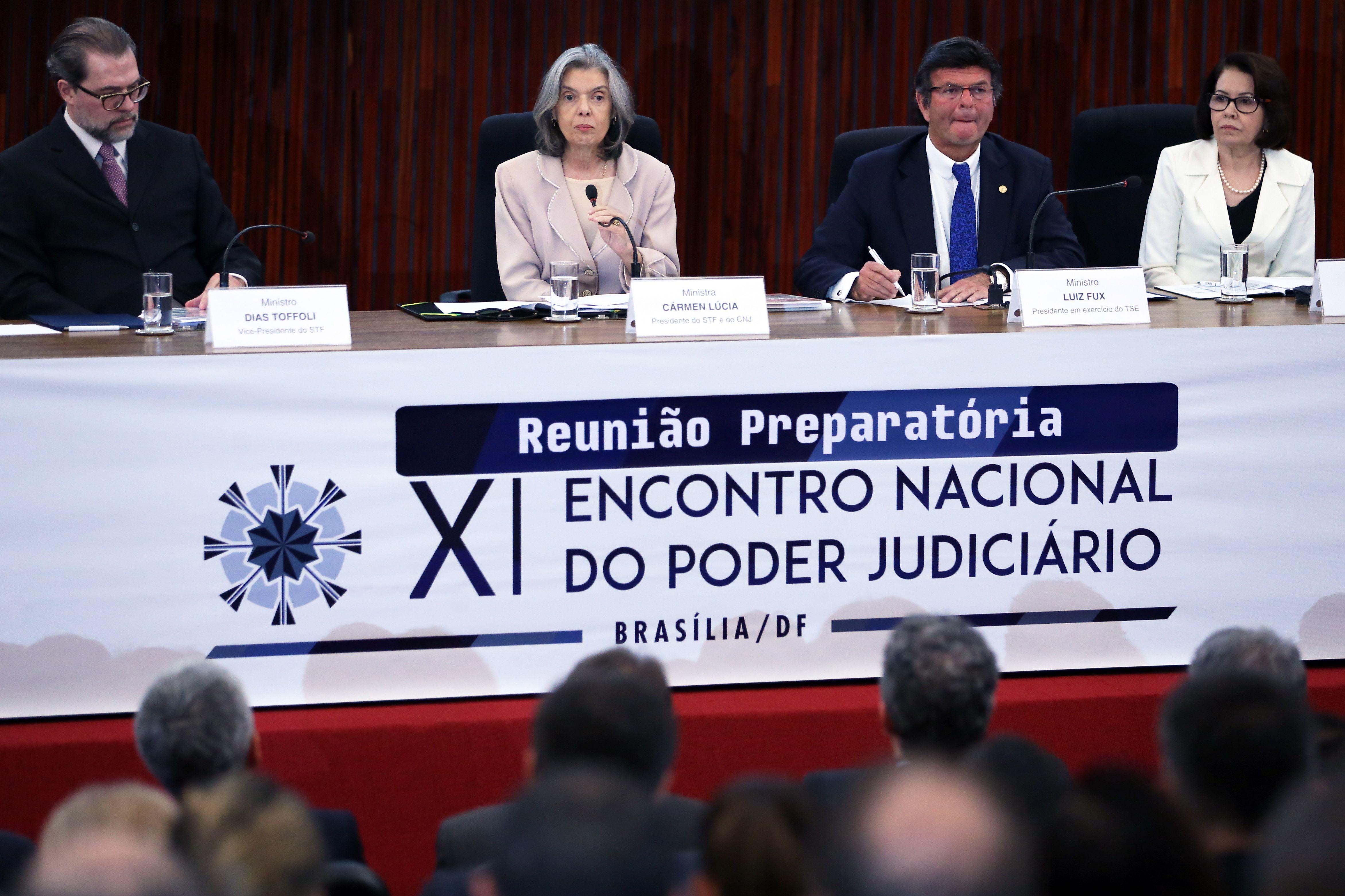 Presidente do CNJ e do STF, Cármen Lúcia, apresenta o anuário Justiça em Números 2017 durante Reunião Preparatória do 11º Encontro Nacional do Judiciário, no auditório do TSE - José Cruz/Agência Brasil/ND
