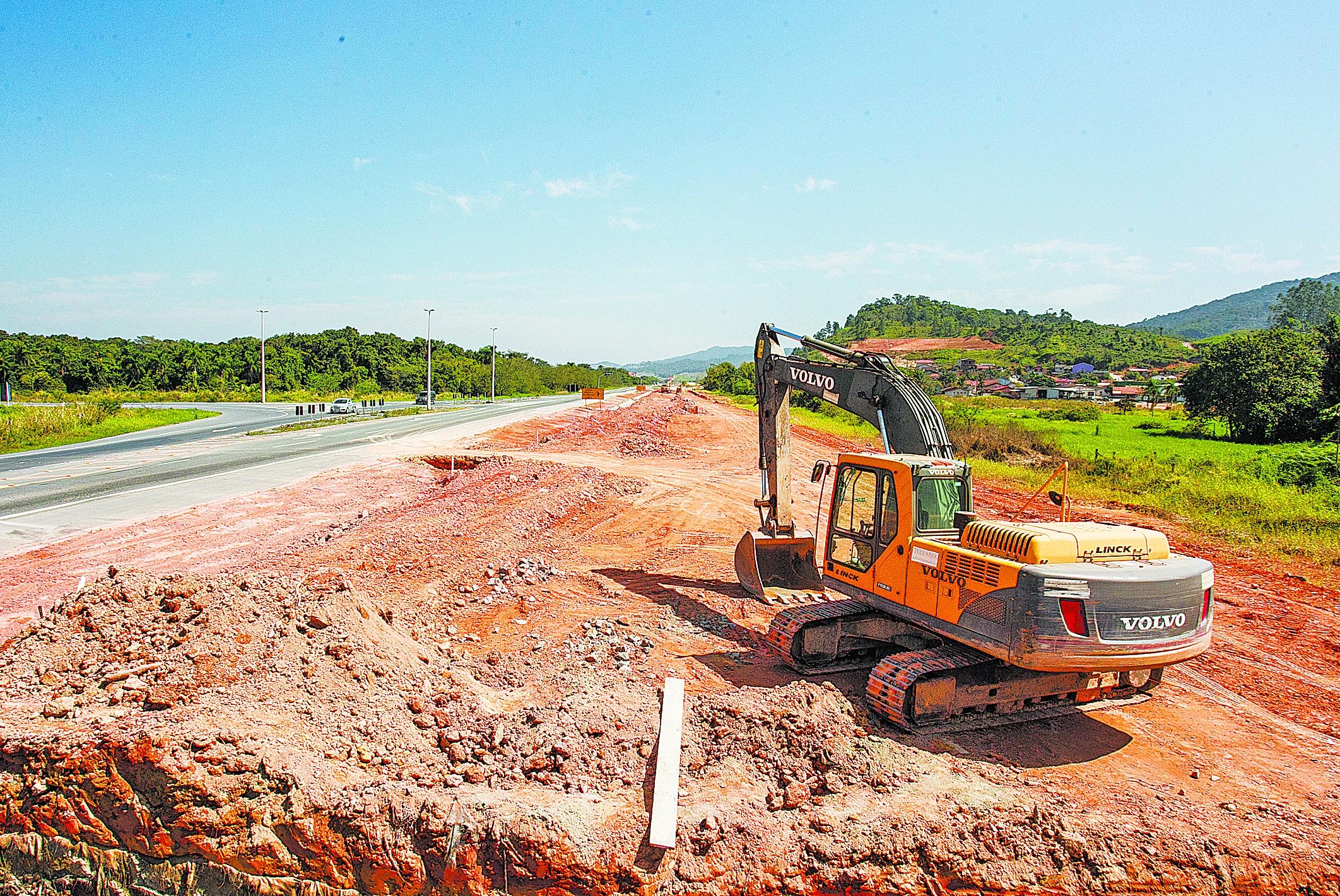 Obras na BR-470 estão em ritmo lento na altura de Ilhota, no Vale do Itajaí - Marco Santiago/ND