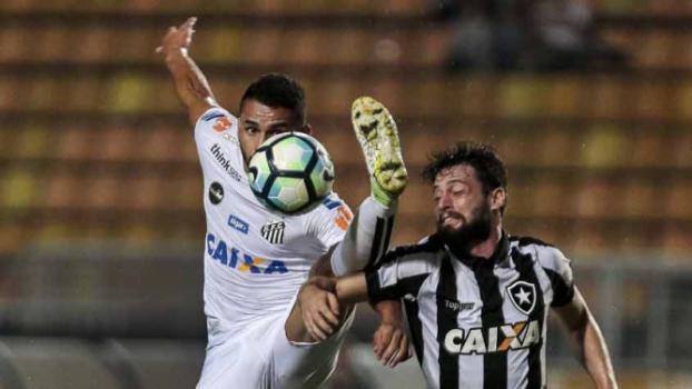 Último duelo entre Botafogo e Santos foi pelo Brasileirão, no Pacaembu, no dia 7 de junho: Peixe 1 a 0  -  Ale Cabral/AGIF