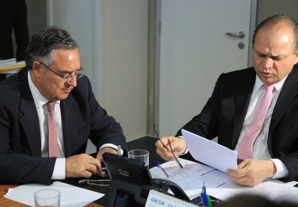 Governador Colombo e ministro da Saúde Ricardo Barros durante audiência em Brasília - Julio Cavalheiro/Secom