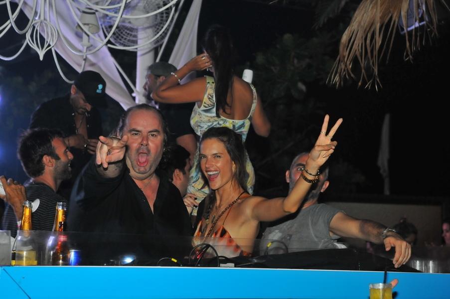 Dj Jack E e a top Alessandra Ambrosio - Divulgação