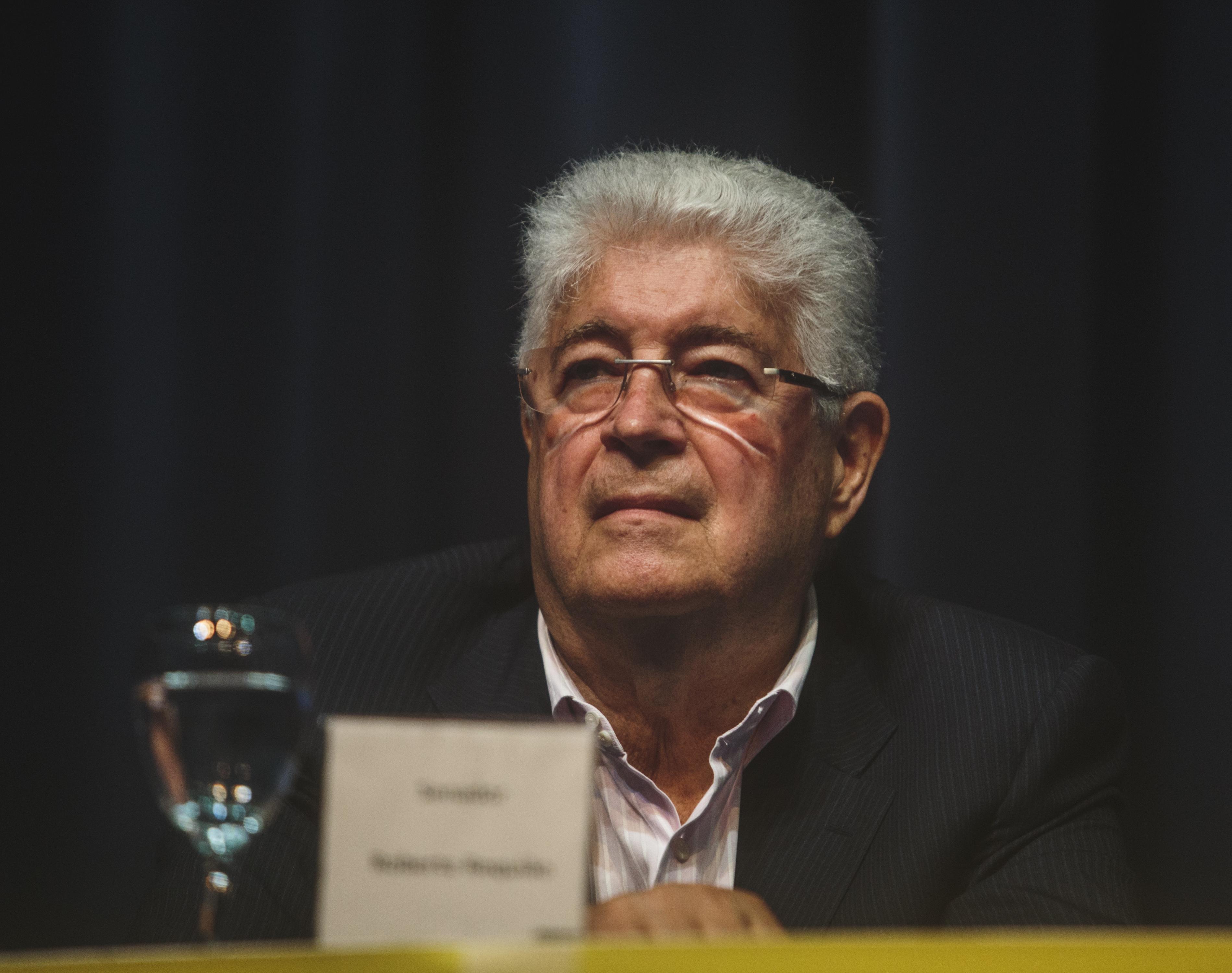 Relator do projeto que altera a lei do abuso de autoridade, a qual batizou de Lei Cancellier, o senador Roberto Requião (PMDB-PR) - Flávio Tin/ ND