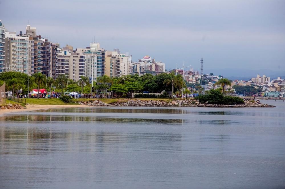 A previsão é de que o sol predomine até a manhã de sábado em Florianópolis - Flávio Tin/ND