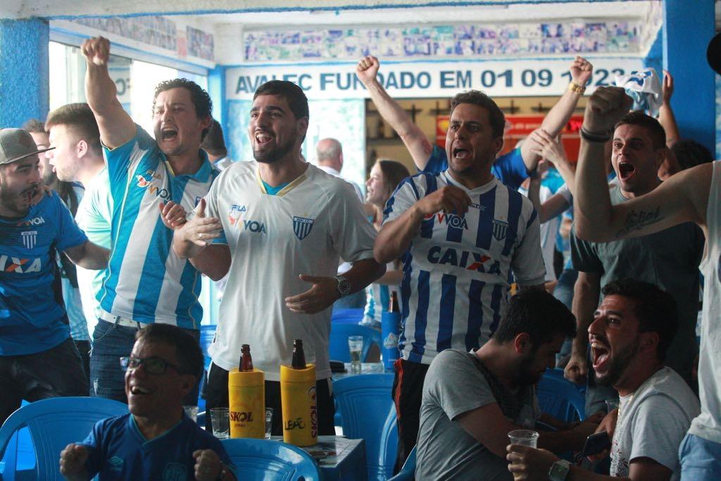 Gol de Pedro Castro deu esperança à torcida - Marco Santiago/ND