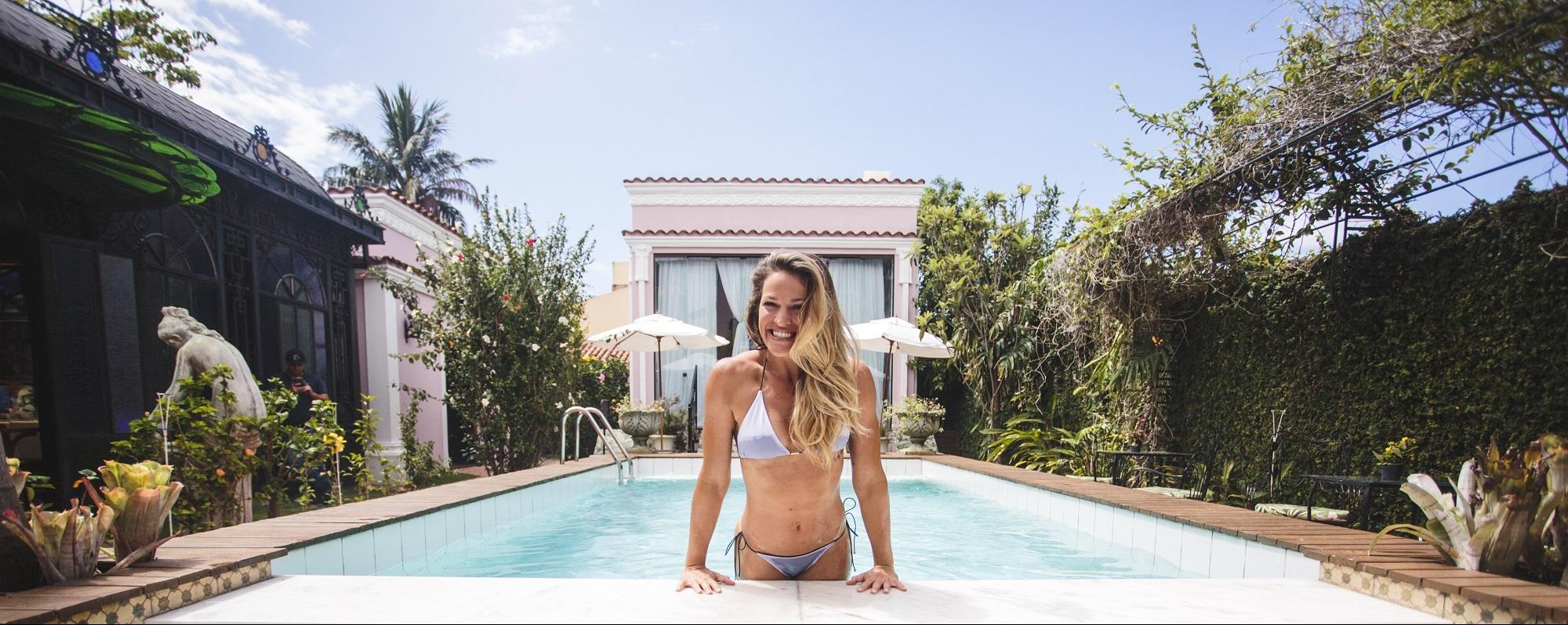 Ana Moraes, atleta de polo aquático, posou para o Notícias do Dia no lugar que mais gosta de estar, a água - Daniel Queiroz
