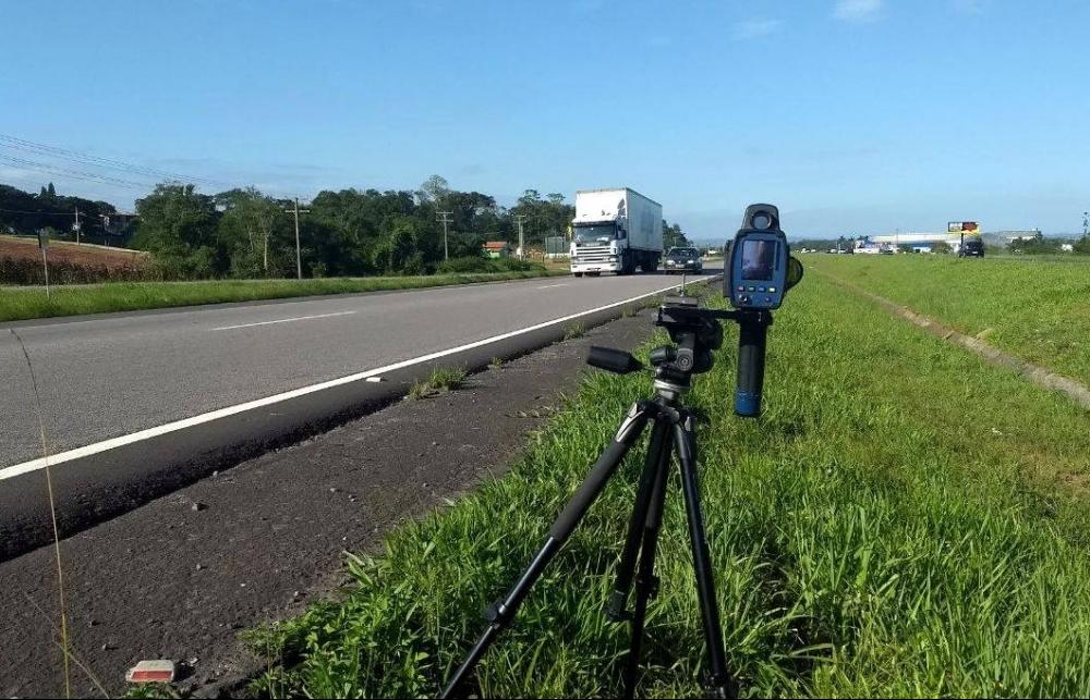 As fiscalizações nas rodovias foram ampliadas em uma operação da PRF - PRF/Divulgação/ND