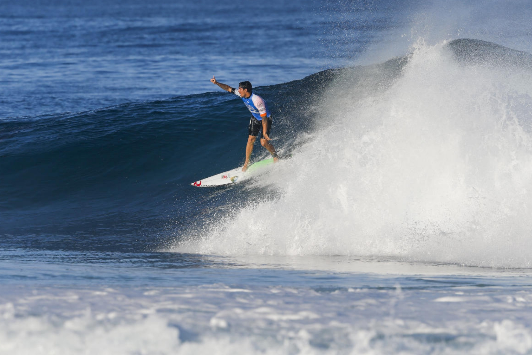 Gabriel Medina manteve-se vivo na disputa pelo título mundial de surfe desta temporada - WSL/Tony Heff/ Divulgação/ND