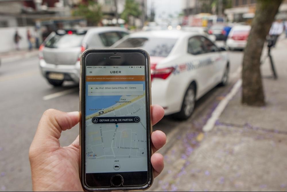 Serviço de transporte de passageiros por aplicativos segue liberado em Florianópolis por força de um mandado de segurança - Flávio Tin/ND