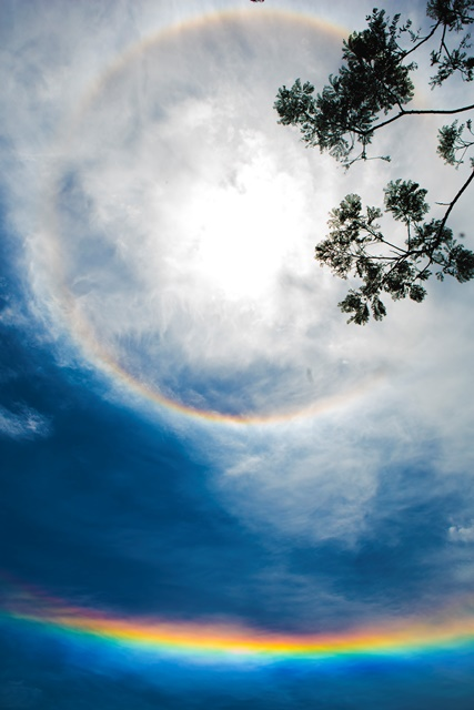 """""""Arco-íris"""" redondo chama a atenção no céu de Florianópolis - Daniel Queiroz/ND"""
