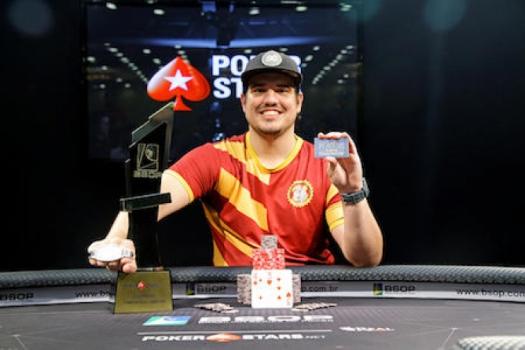Tiago Magalhães, o campeão do Main Event da primeira etapa de 2018 do BSOP - Divulgação