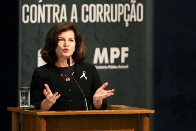 Para a procuradora-geral da República, Raquel Dodge, nos últimos anos o MPF tem enfrentado a corrupção com muita persistência - Marcelo Camargo/Agência Brasil