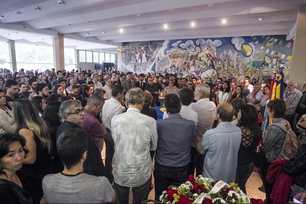Velório do reitor afastado da UFSC, Luiz Carlos Cancellier de Olivo - Marco Santiago/ ND