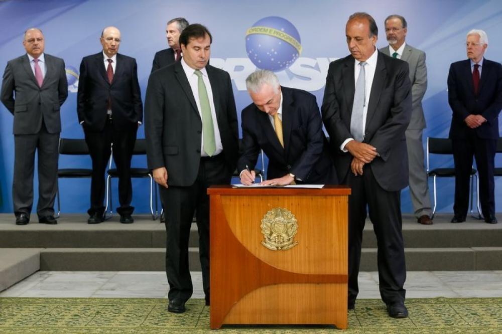 Temer assinou decreto nesta sexta-feira (16) - Beto Barata/PR