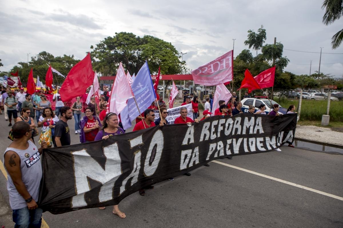 Protesto pelo centro de Florianópolis - Flávio Tin/ND