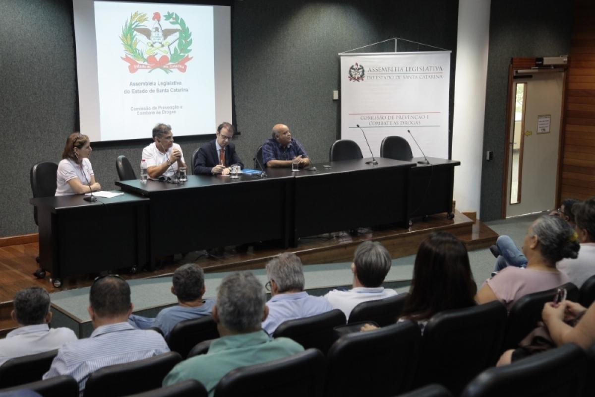 Representantes se reuniram na Alesc (Assembleia Legislativa de Santa Catarina) - Fábio Queiroz/Agência AL