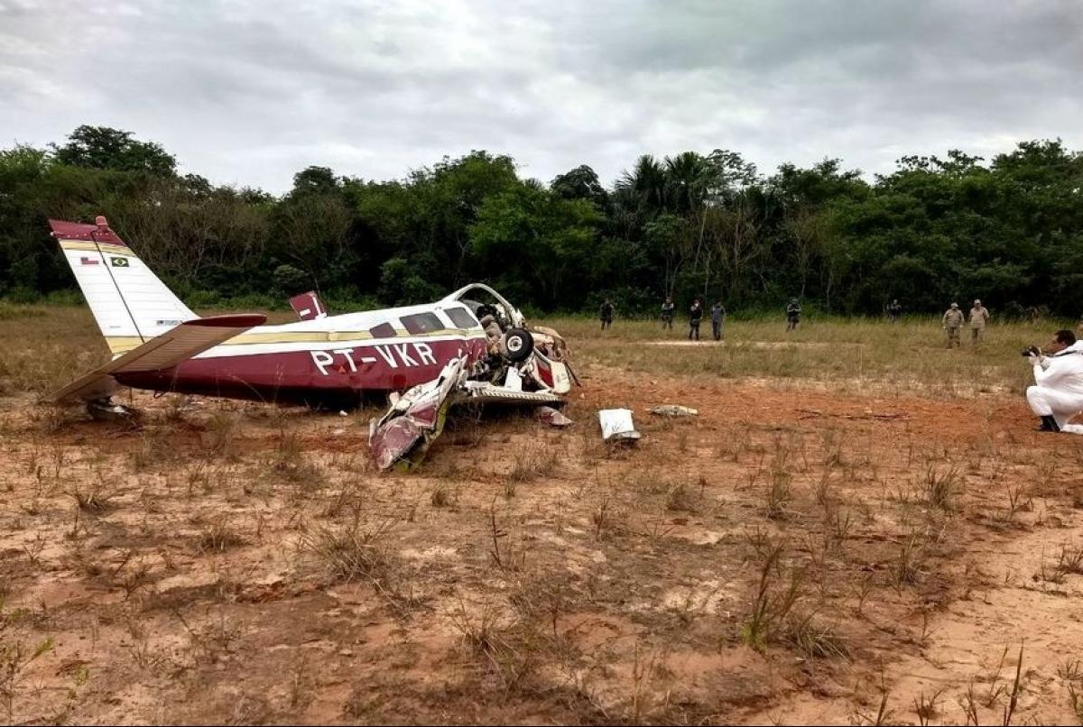 Aeronave caiu na região Centro-Oeste de Manaus, próximo ao aeroclube - Corpo de Bombeiros/Divulgação/ND