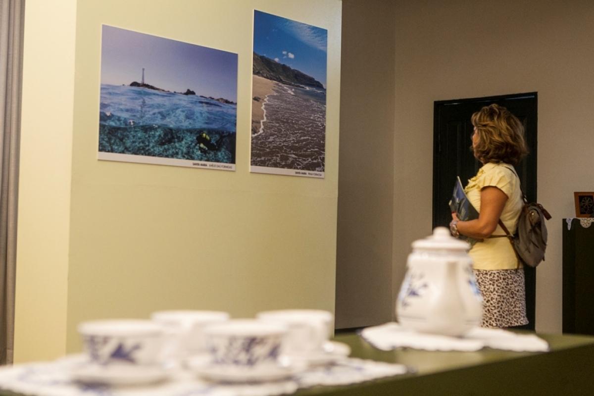 """""""270 Anos de Presença Açoriana em SC -1748/2018"""" mostra plantações de chá e outras paisagens das ilhas do arquipélago - Marco Santiago/ND"""