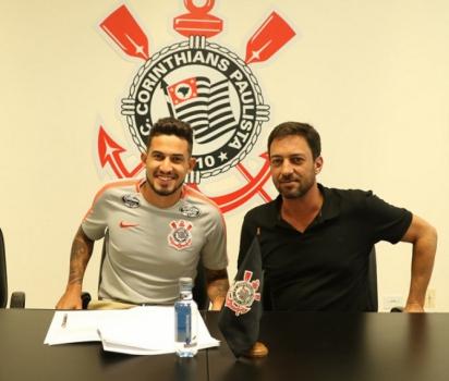 Pedro Henrique renovou contrato com o Corinthians  -  Divulgação