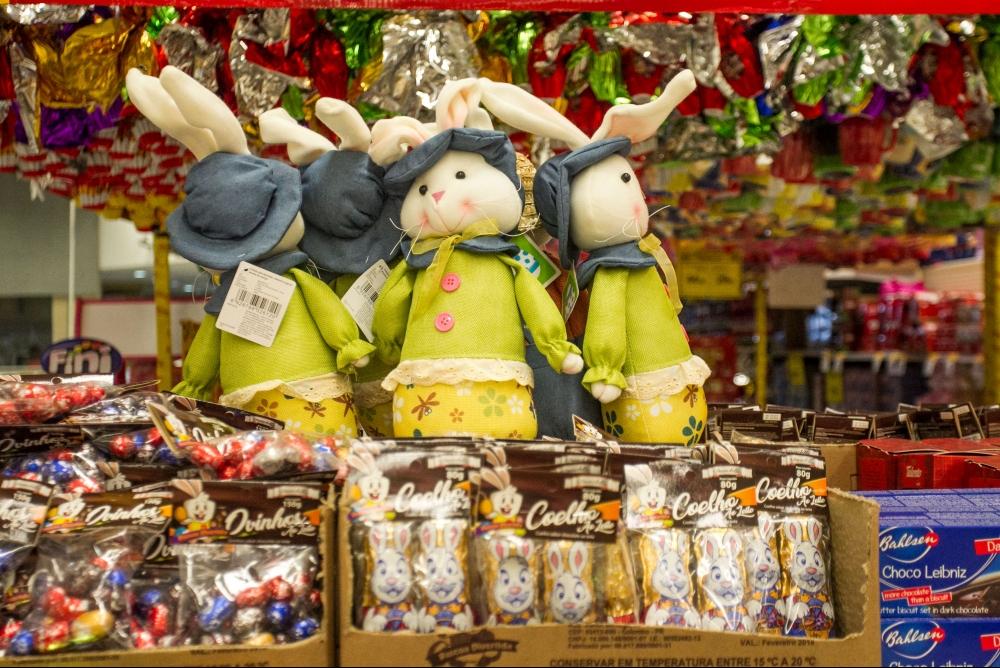 Páscoa deste ano terá mais lembrancinhas de chocolate - Marco Santiago/ND
