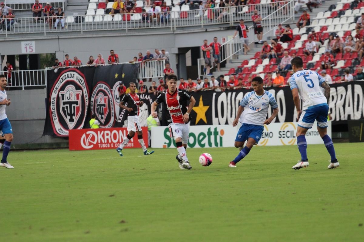 Resultado consolida o time em terceiro lugar no Campeonato Catarinense de Futebol - JEC/Divulgação