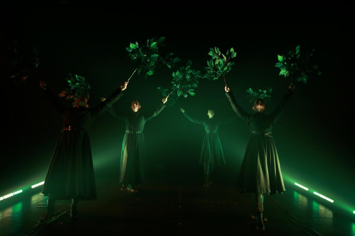 O espetáculo trabalha com músicas, cores e sons - Jackeline Nigri/Divulgação/ND