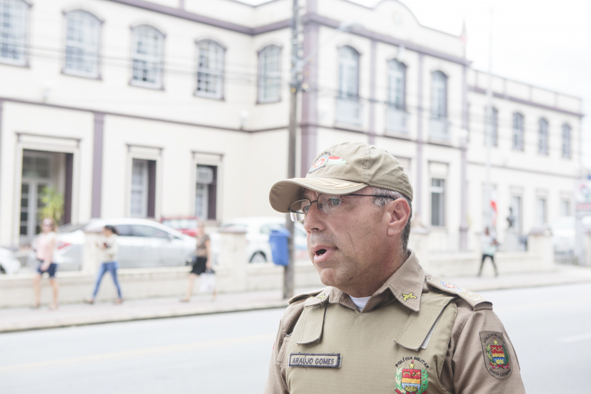 Araújo Gomes quer disponibilizar aparelhos para cada guarnição da Polícia Militar até 2019 - Daniel Queiroz/ND