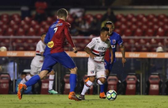 Paraná estreou no Brasileiro com derrota para o São Paulo por 1 a 0 - Rubens Chiri/saopaulofc.net