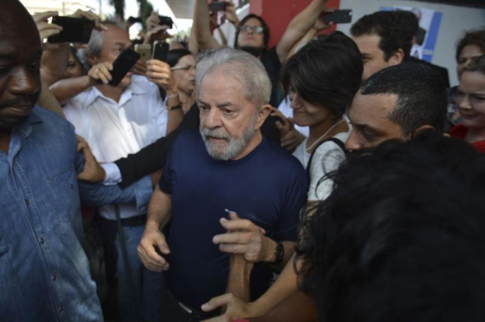 Lula foi preso na noite de sábado - Rovena Rosa/Agência Brasil
