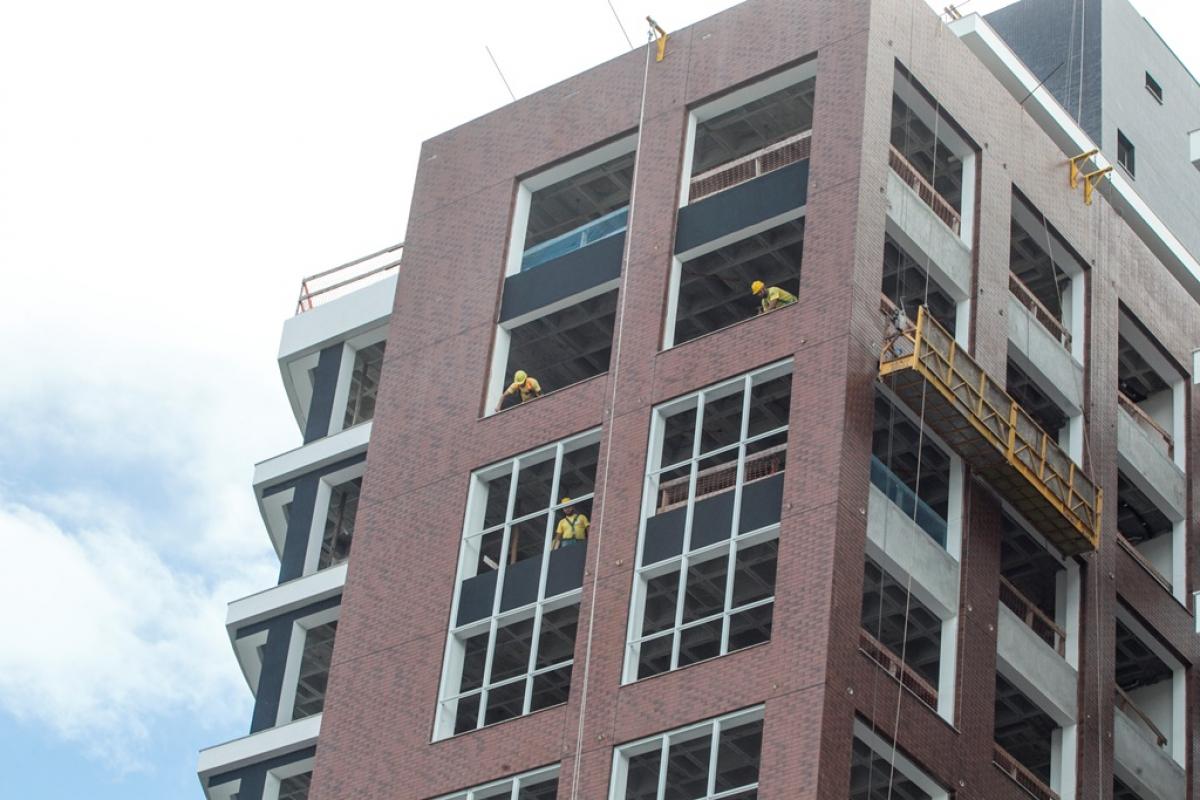 Construção de edifícios é o 5º setor com mais acidentes de trabalho em Florianópolis entre 2012 e 2017 - Marco Santiago/ND