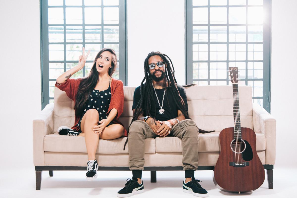 Mariana Nolasco e o músico Rael gravaram juntos