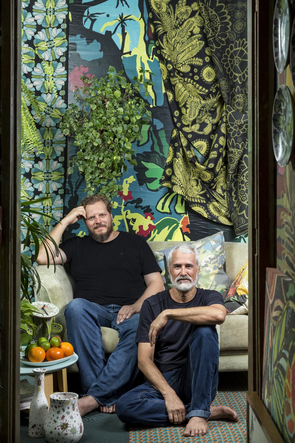 Marcelo Fialho e Marco D. Julio, do duo O Tropicalista, iniciam montagem no Masc - Mariana Boro/Divulgação/ND