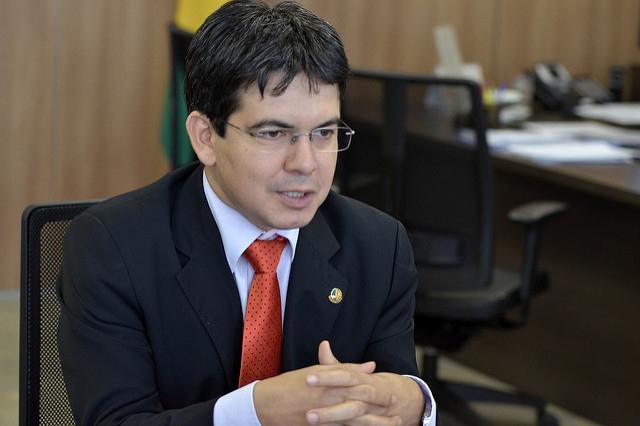 O pedido foi protocolado pelo senador Randolfe Rodrigues - Ricardo Botelho/SAC/Divulgação/ND