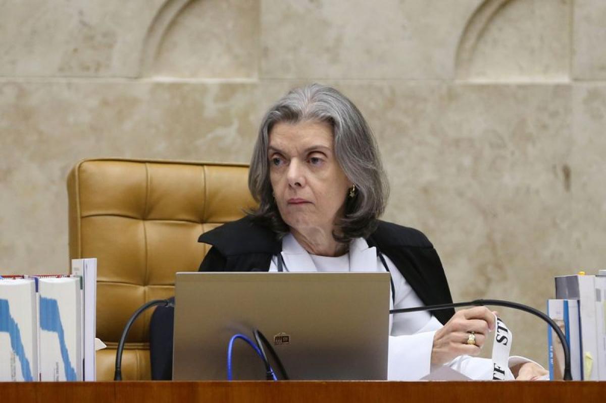 Decisão de Carmen Lúcia foi publicada na terça-feira – Valter Campanato/Agência Brasil