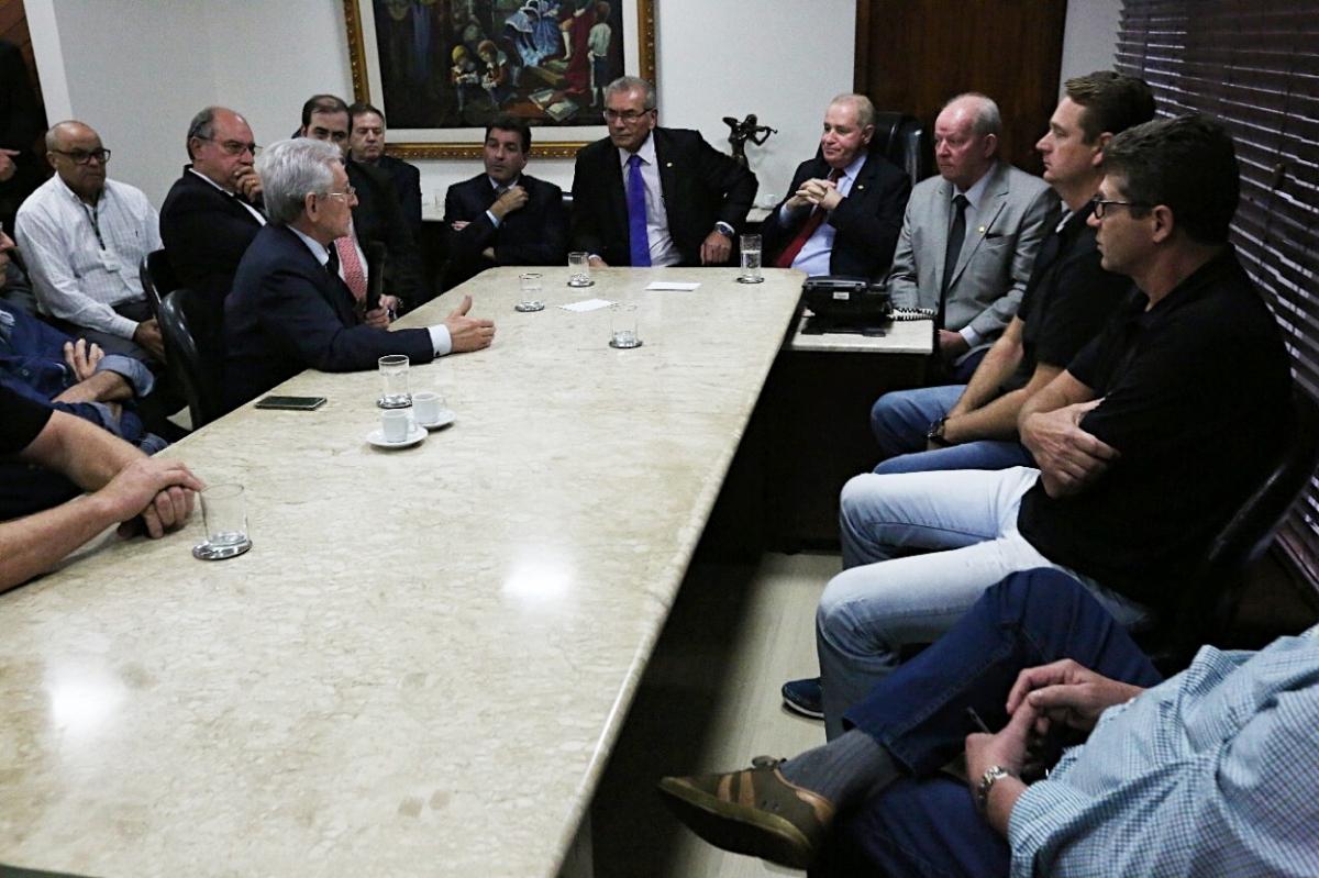 Reunião na presidência da Alesc - Guto Kuerten/Agência AL/ND