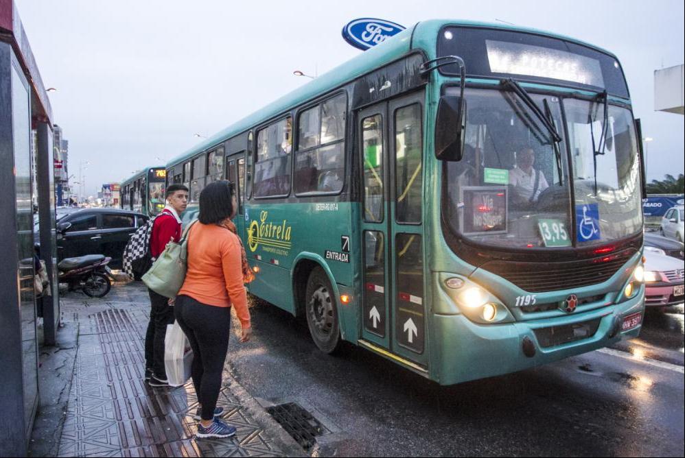 A ideia é que o projeto a ser definido incentive as pessoas a utilizar o transporte coletivo - Marco Santiago/ND