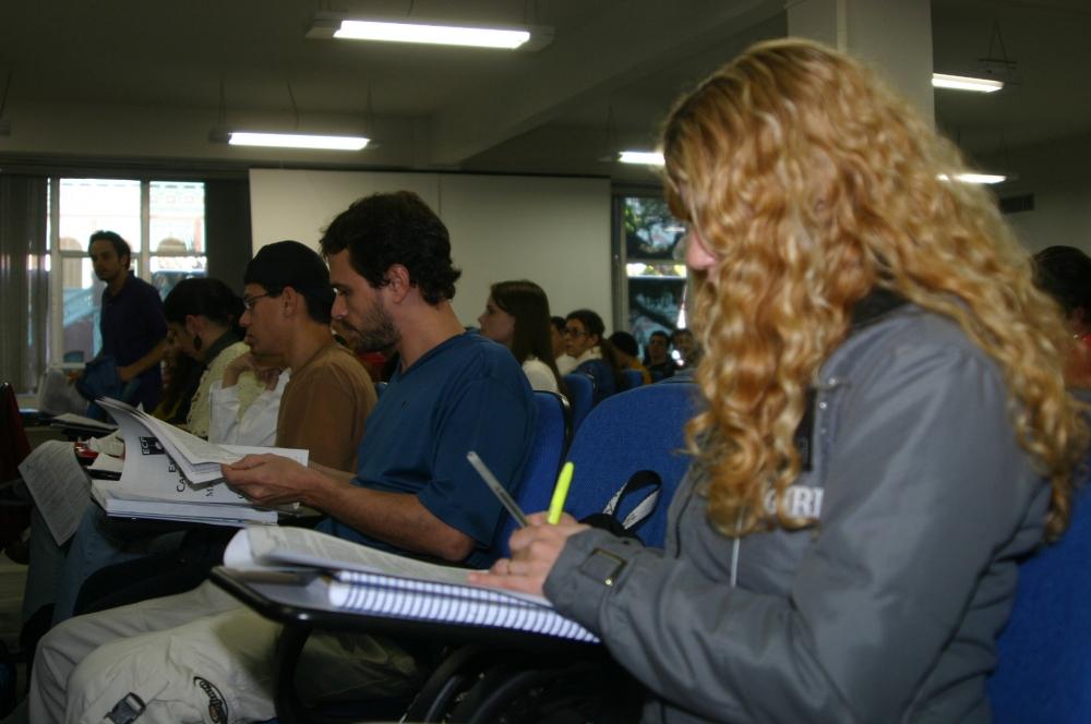 O Fies oferece financiamento de cursos superiores em instituições privadas - Arquivo/ND