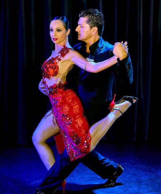 O tango tradicional no estilo dos grandes maestros sobe ao palco - Divulgação/ND