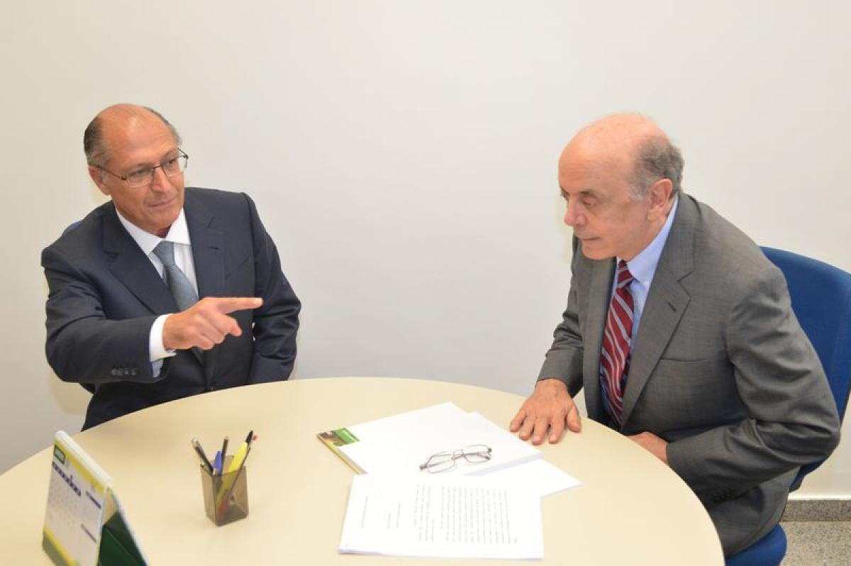 Ex-governadores de São Paulo José Serra e Geraldo Alckmin, ambos do PSDB, viraram réus na Justiça numa ação civil pública - Fabio Rodrigues Pozzebom/Agência Brasil