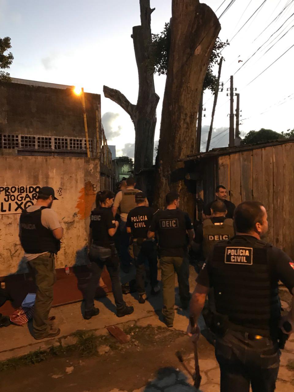 Operação contou com 40 policiais civis da DEIC - Polícia Civil/Divulgação/ND