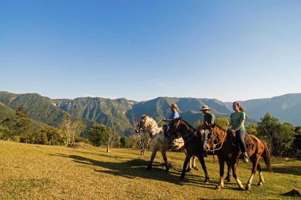 Cavalgada nos cânios da Praia Grande - Markito/Divulgação Santur