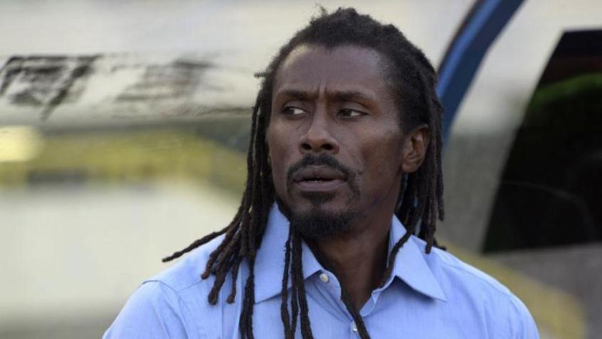 Aliou Cissé perdeu 11 familiares em um naufrágio na África em 2002 (Foto: AFP) -