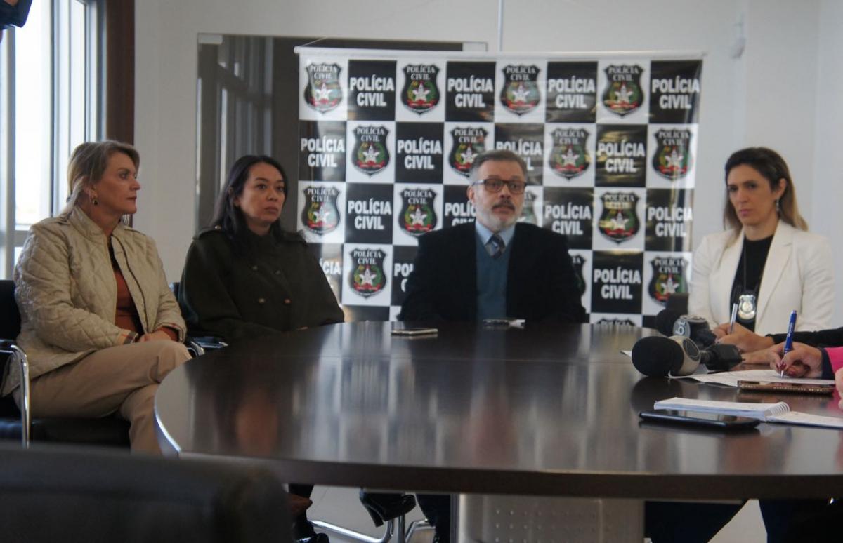 Coletiva sobre a operação foi realizada nesta quinta-feira - Polícia Civil/Divulgação/ND