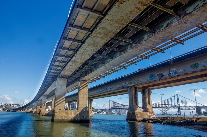 Pontes Pedro Ivo e Colombo Salles - Flávio Tin/ND