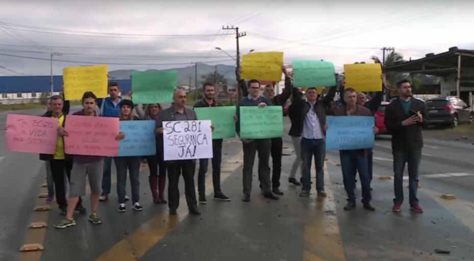 Moradores querem mais segurança e melhorias na infraestrutura da SC-281, em São José - RICTV/Divulgação/ND