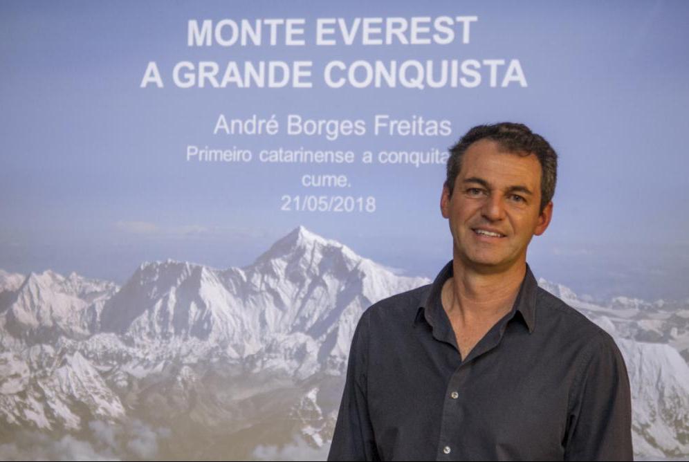 Empresário criciumense André Freitas é o primeiro catarinense a escalar o Monte Everest - Marco Santiago/ND