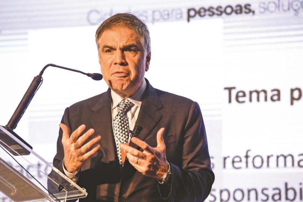 Empresário do setor varejista, que estreia na disputa presidencial, defende as privatizações para reduzir a dívida pública e mais projetos na área turística - Daniel Queiroz/ND