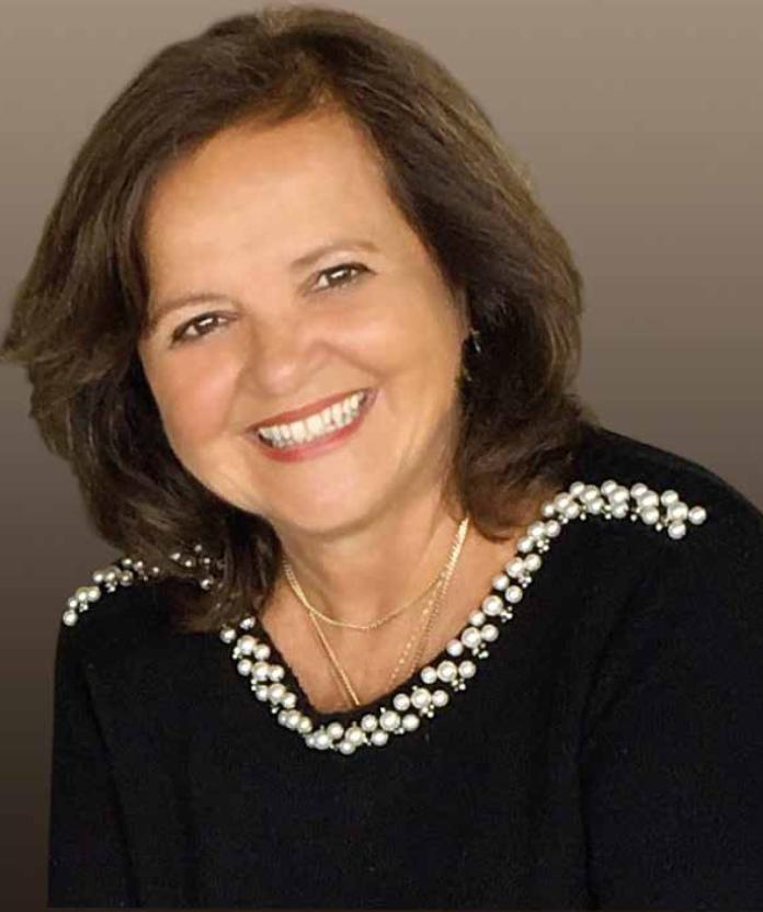 A autora, uma das mais respeitadas estudiosas da açorianidade - Divulgação